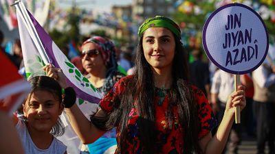 El voto kurdo, crucial en la reñida contienda electoral turca