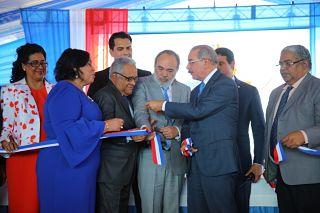 Servicios de salud más cerca de la población; Danilo entrega Centro de Diagnóstico y Atención Primaria a habitantes de Villa Liberación