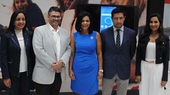 Telefónica Claro y Alcatel presentan móvil 3X