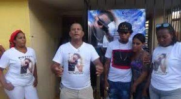 Familiares de joven asesinado en barrio de SPM piden justicia