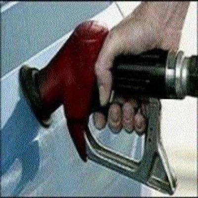 """Variaciones """"tímidas"""" en precios combustibles"""