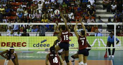 """EEUU retiene título de la Copa Panamericana de Voleibol al vencer a las """"Reinas del Caribe"""""""