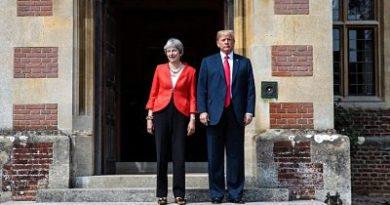 Los políticos británicos arropan a May tras el ataque de Trump contra su Brexit 'blando'
