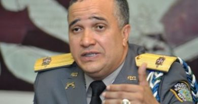 PN rehúsa revelar identidad oficial