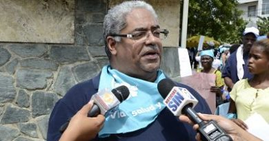 Director del SNS afirma traslado de pacientes del hospital Padre Billini inició