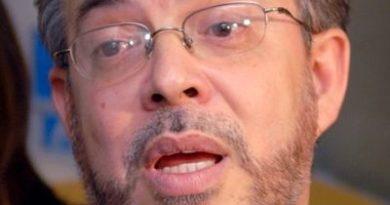 Alianza País pide JCE parar campaña a favor reelección