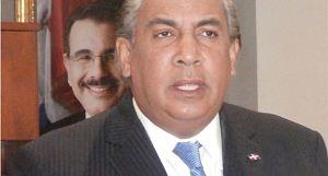 Cónsul en NY anuncia cancelación de 16 funcionarios y apoya reelección de Danilo