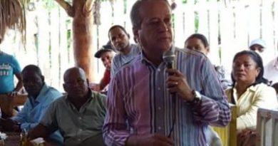"""Reinaldo advierte que """"no parará"""" hasta lograr la candidatura presidencial del PLD"""