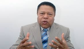 Muere de infarto el director de Pasaportes Monchy Rodríguez