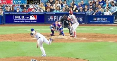 El dominicano Marcell Ozuna y Molina castigan con vuelacercas a los Dodgers