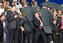 VIDEO: Momento exacto de rápida reacción de guardia presidencial para proteger a Maduro con escudos