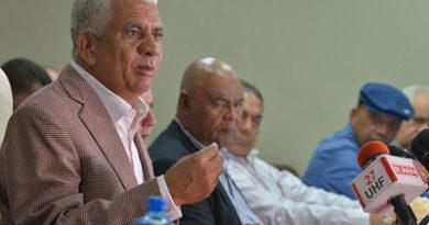 """Fenatrado suspende paro """"para escuchar al gobierno"""""""