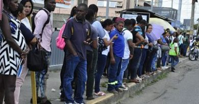 Caos en Santo Domingo por paro unidades de Fenatrano