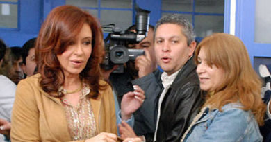Ahora un ex mano derecha de Cristina Fernández declara en su contra y complica aún más a la ex presidenta argentina