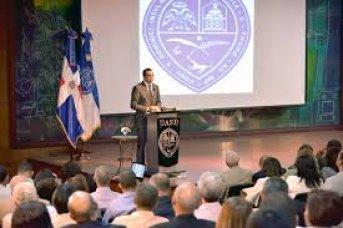 Ministro de Educación Andrés Navarro afirma que nueva Ley de Educación debe garantizar sostenibilidad e institucionalidad de la Revolución Educativa