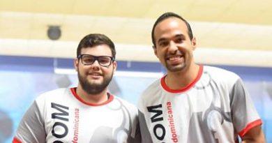 Alex Prats y Manuel González ganan oro en torneo nacional de boliche