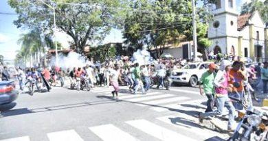Al menos cuatro afectados por bombas lacrimógenas durante manifestación en San Cristóbal