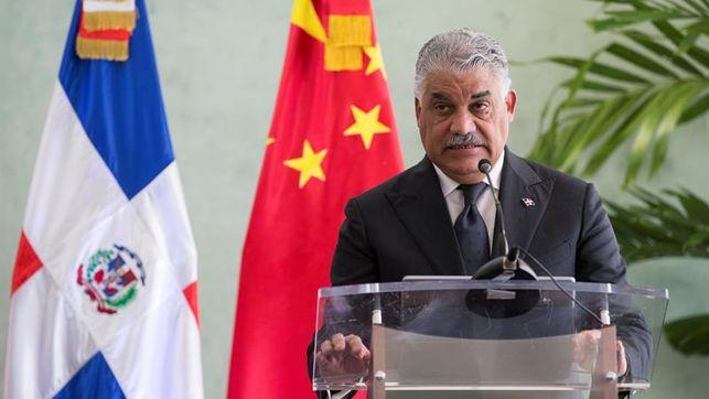 Canciller dominicano realizará visitas oficiales a Kuwait y Reino Unido