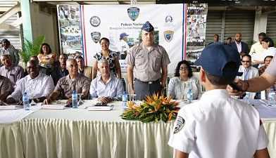 Gradúan 174 niños y jóvenes en Policía Juvenil Comunitaria en SDE