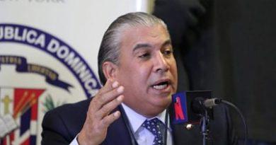 Castillo aclara en 10 años no ha habido aumentos en libretas de pasaportes en consulado de NY