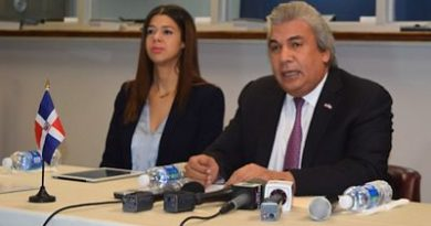 """Consulado RD-NY: Medida contra """"Carga Pública"""" en EEUU no está vigente"""