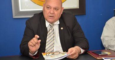 """Apóstol José Christopher: """"Encuestas pagadas no detendrán el avasallador avance de mi candidatura presidencial """"."""