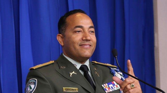 General Brown Pérez lamenta entrega de asesino de un coronel en Baní