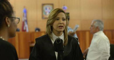 Fiscalía apresa a dos personas por fraude millonario