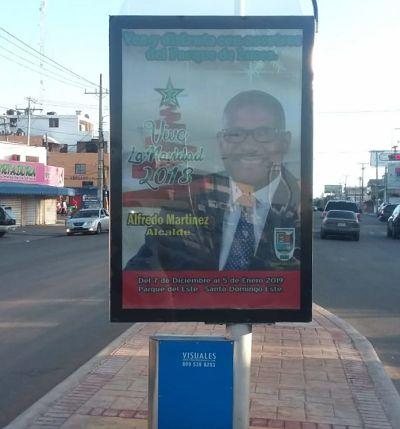 Pablo Román pide a Alcalde de SDE retirar vallas que lo promueven en el municipio