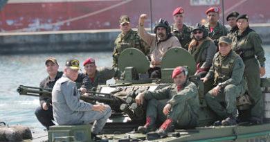"""Nicolás Maduro: """"Un grupo de desertores militares se han vuelto mercenarios de Colombia"""""""