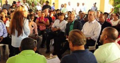 Abinader denuncia el despilfarro de dinero público en gastos de burocracia del Gobierno