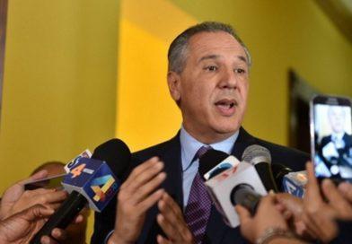 Peralta afirma que Danilo Medina es el único político con simpatía para ganar en primera vuelta