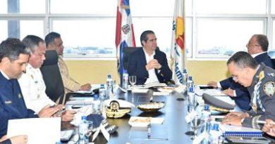 Ministro de Turismo se reúne con comisión busca fortalecer seguridad en polos turísticos