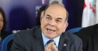Pelegrin denuncia que buscan crear conflictos en la Isla y la Región