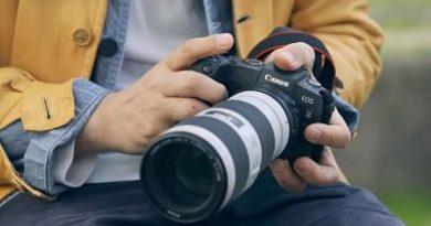 Canon presenta su EOS RP, la primera sin espejo de formato completo asequible