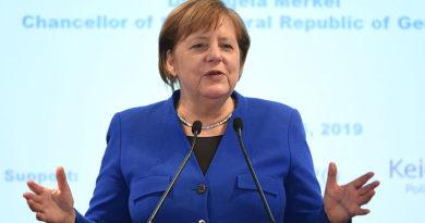 Merkel llama a China a asumir más responsabilidad por la paz a la par con su aspiración global