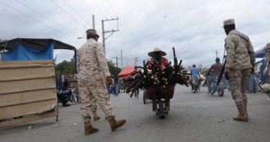 País toma medidas ante afluencia de haitianos a mercados fronterizos