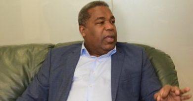 SEGÚN TONY PEÑA: 12 diputados del PRM apoyan reelección de Danilo