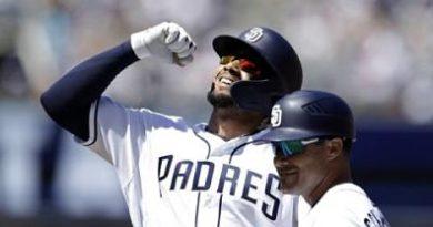 Tatis Jr consigue dos hits en su debut en Grandes Ligas; Machado no conecta imparable
