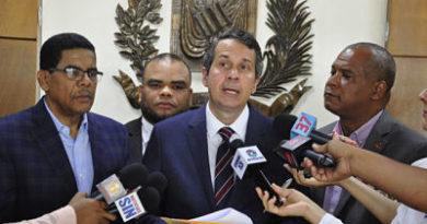 ATENTO: Opositores insisten en que la Junta elimine el arrastre