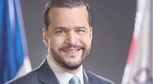 EL JUEGO CAMBIO EN EL DN DICE: Rafael Paz anuncia aspira a senador