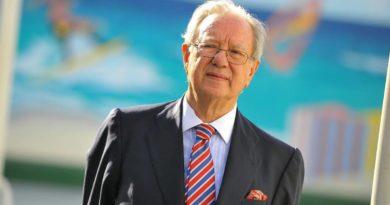 4 detenidos por blanqueo en oficinas de ex embajador de España en Venezuela