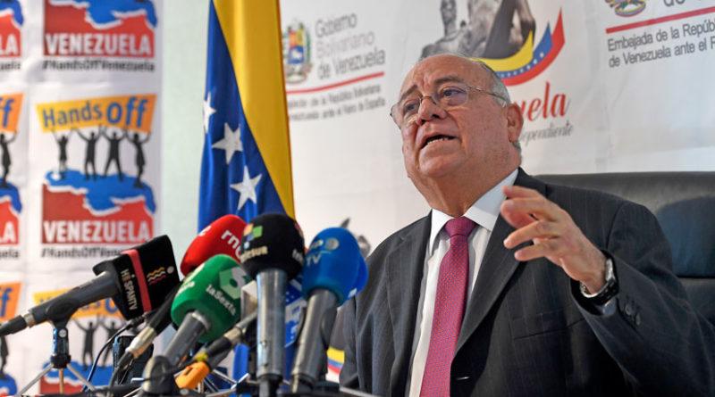 """Venezuela pide a España que retire su reconocimiento a Guaidó y reconozca que """"se precipitó"""""""