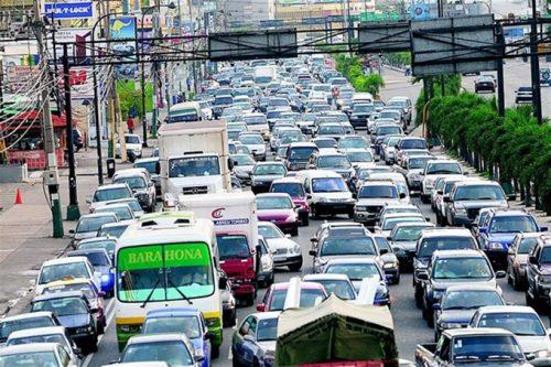 Es cada vez más caótico el tránsito de vehículos en principales ciudades de RD