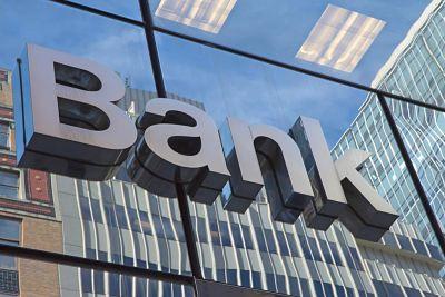 Una fake new en WhatsApp ocasiona que un banco pierda un 9% de su valor en Bolsa