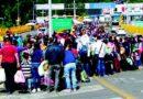 Miles de venezolanos cruzan la frontera hacia otro país vecino