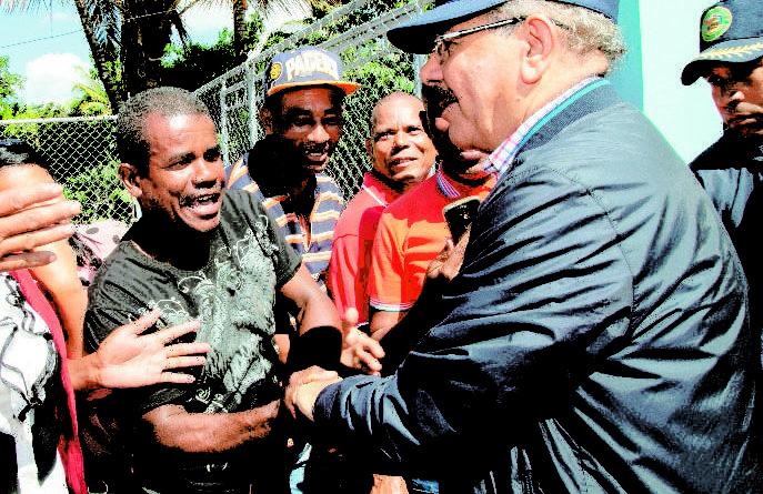 Presidente Medina apoya productores de San Juan y Azua