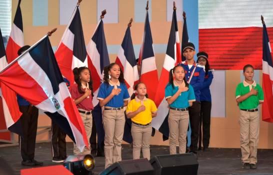 El presidente Danilo  Medina deja inaugurado el año escolar en un centro de educación especial