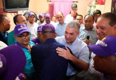 Gonzalo Castillo promete combatir inseguridad durante recorrido por la capital