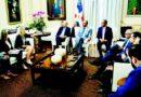 Mandatario recibe inversionistas interesados en Montecristi